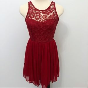 Francescas Miami Red Lace Chiffon Sleeveless Dress